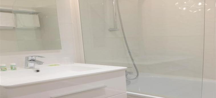 Hotel La Caravelle: Bathroom TOULOUSE