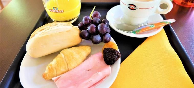 Hotel La Caravelle: Breakfast TOULOUSE
