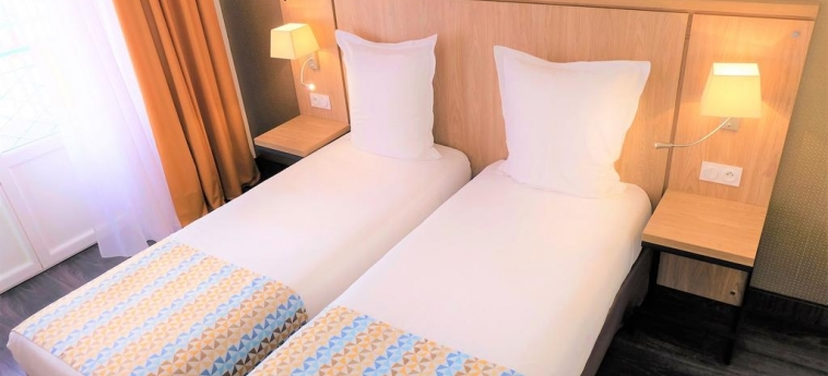 Hotel La Caravelle: Twin Room TOULOUSE