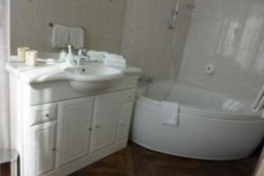 Hotel Rabelais Tours: Salle de Bains TOURS