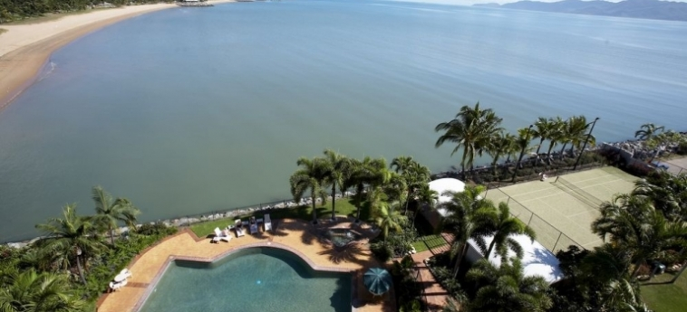 Australis Mariners North Holiday Apartments: Patio TOWNSVILLE - QUEENSLAND