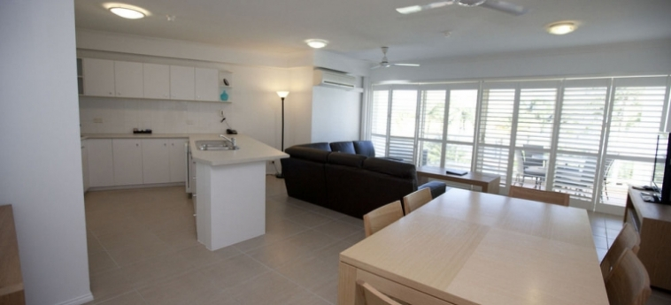 Australis Mariners North Holiday Apartments: Standard Room TOWNSVILLE - QUEENSLAND