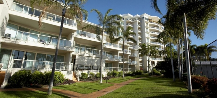 Australis Mariners North Holiday Apartments: Superior Room TOWNSVILLE - QUEENSLAND