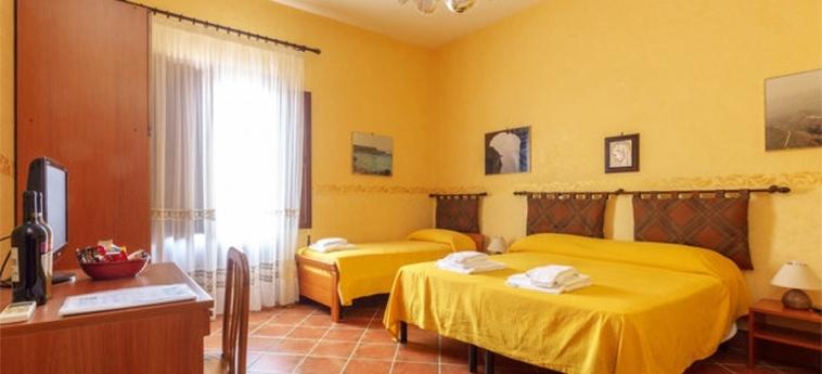 Hotel Baglio Tita: Chambre Triple TRAPANI