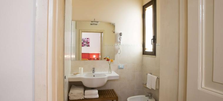 Hotel Il Cortile Fiorito: Badezimmer TRAPANI
