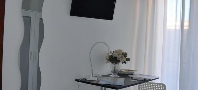 Hotel B&b Maryjose: Aménagement chambre TRAPANI