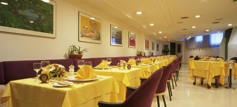 Crystal Hotel: Restaurante TRAPANI