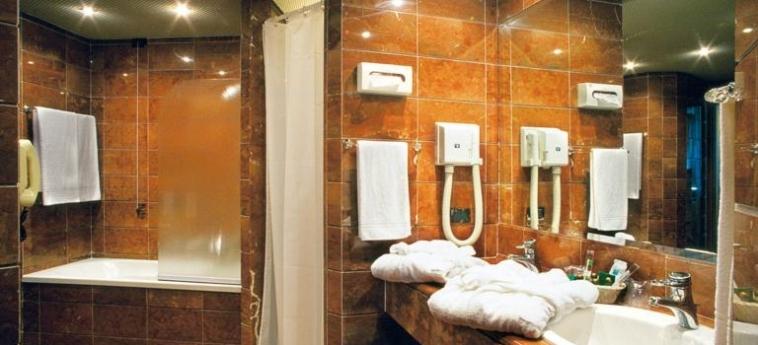 Crystal Hotel: Badezimmer TRAPANI