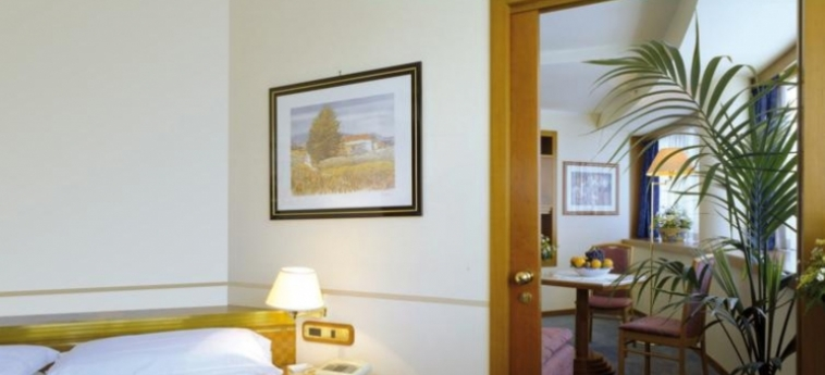 Crystal Hotel: Room - Detail TRAPANI