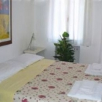 Budget Bed Casa Rosa