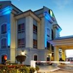 Hotel Holiday Inn Express Trincity Trinidad Airport