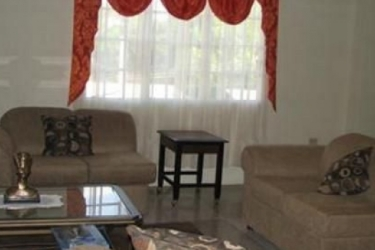 Vupoint Guest House: Living Room TRINIDAD AND TOBAGO