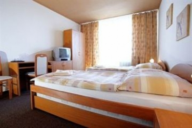 Hotel Inka: Internet Point TRNAVA