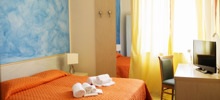 Hotel B&b Il Cavaliere: Guestroom TROPEA - VIBO VALENTIA