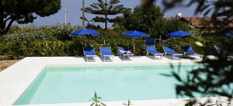 Hotel B&b Il Cavaliere: Pool TROPEA - VIBO VALENTIA