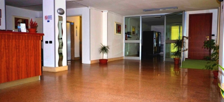 Albergo Guido Reni: Lobby TURIN