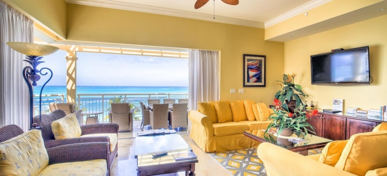 Hotel Windsong Resort: Living Room TURKS AND CAICOS ISLANDS