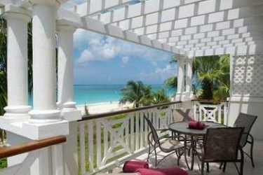 Hotel Royal West Indies Resort: Terrasse TURKS AND CAICOS ISLANDS