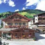 ALPIN SPA SWISS QUALITY HOTEL TUXERHOF  4 Etoiles