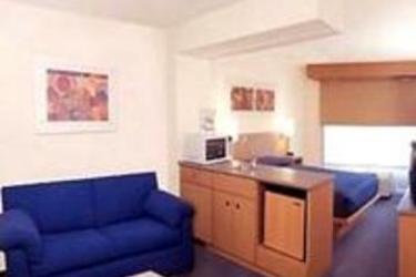 Hotel City Express Tuxtla Gutierrez: Schlafzimmer TUXTLA GUTIERREZ
