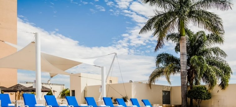 Hotel Fiesta Inn Tuxtla Gutierrez: Swimming Pool TUXTLA GUTIERREZ