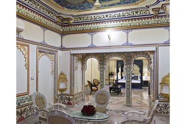 Hotel Chunda Palace: Comida en la habitacion UDAIPUR