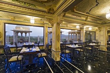 Hotel Chunda Palace: Comida UDAIPUR
