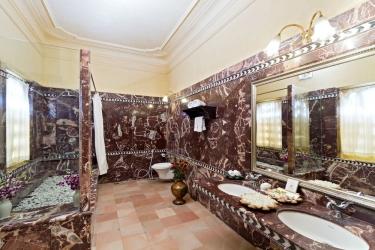 Hotel Chunda Palace: Cuarto de Baño UDAIPUR