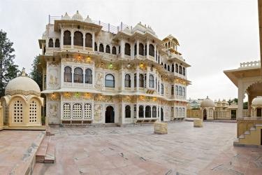 Hotel Chunda Palace: Exterior UDAIPUR