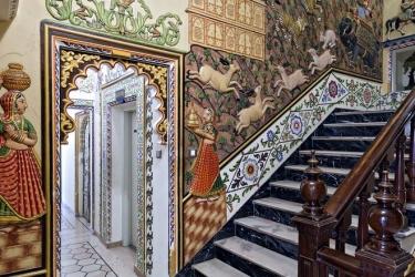 Hotel Chunda Palace: Lobby UDAIPUR
