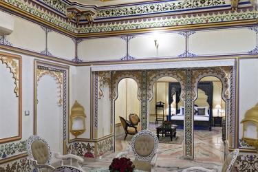 Hotel Chunda Palace: Vista de la habitación UDAIPUR