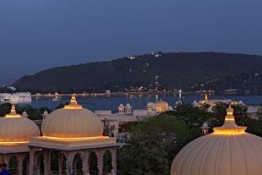 Hotel Chunda Palace: Vista desde el hotel  UDAIPUR