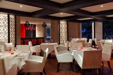 Hotel Radisson Blu Udaipur Resort & Spa: Camera Junior Suite Deluxe UDAIPUR