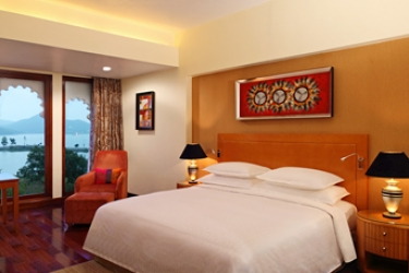 Hotel Radisson Blu Udaipur Resort & Spa: Sala d'attesa UDAIPUR