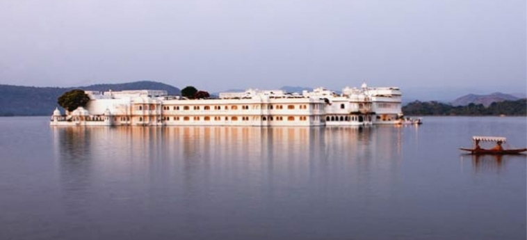 Hotel Taj Lake Palace: Exterieur UDAIPUR