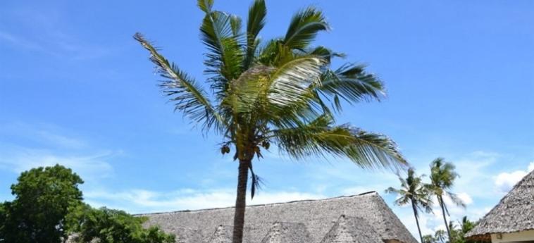 Hotel Diani Bay Resort: Extérieur UKUNDA