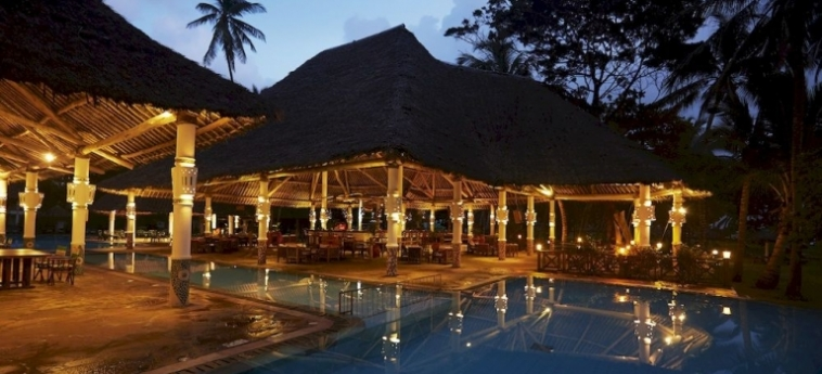 Hotel Neptune Village Beach Resort & Spa All Inclusive: Night Club UKUNDA