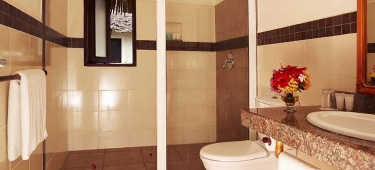 Hotel Neptune Village Beach Resort & Spa All Inclusive: Restaurante Exterior UKUNDA