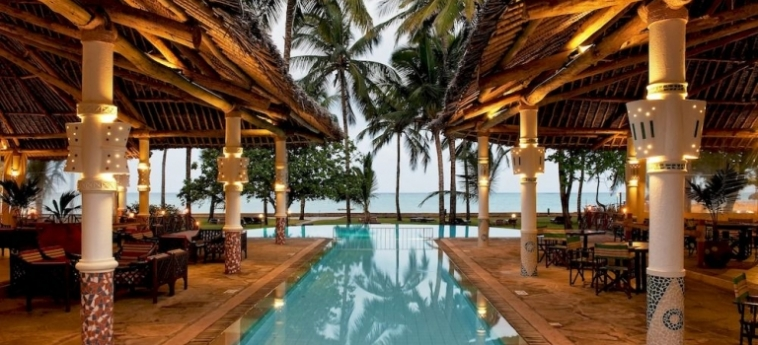 Hotel Neptune Village Beach Resort & Spa All Inclusive: Vista Aerea UKUNDA