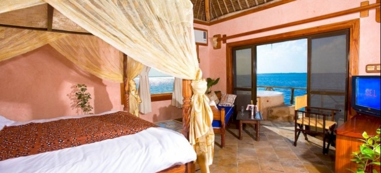Hotel The Sands At Chale Island: Dormitory 8 Pax UKUNDA