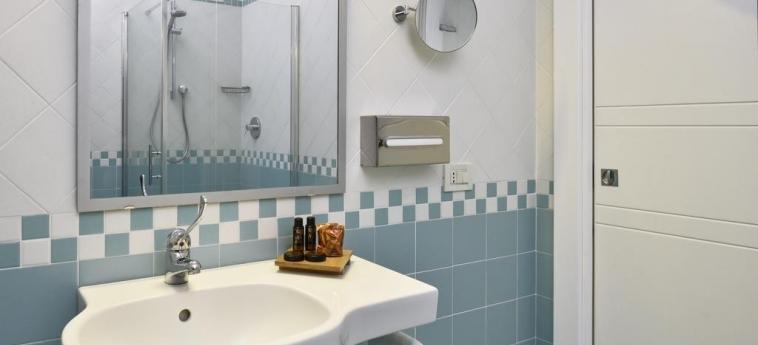 Hotel Parco Degli Aromi Resort & Spa: Bathroom VALDERICE - TRAPANI