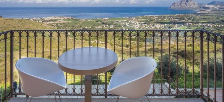 Hotel Parco Degli Aromi Resort & Spa: Terrace VALDERICE - TRAPANI