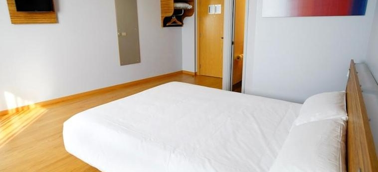 Hotel Travelodge Valencia Aeropuerto: Chambre VALENCE