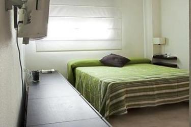 Hotel Urban Flats - Trafalgar: Dining Area VALENCE