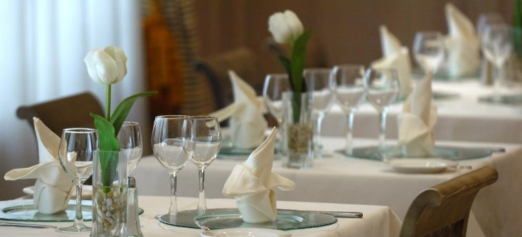 Hotel Vincci Lys: Restaurant VALENCE
