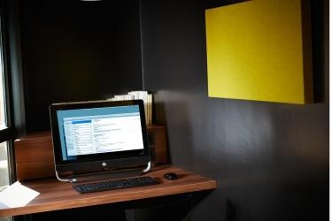 Hotel Atrium: Internet Point VALENCE