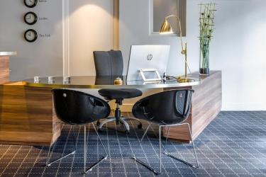 Hotel Atrium: Reception VALENCE