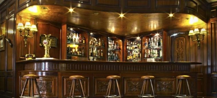 Hotel One Shot Palacio Reina Victoria 04: Bar Interne VALENCE