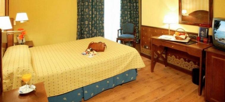 Hotel One Shot Palacio Reina Victoria 04: Chambre VALENCE