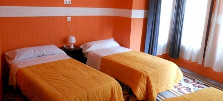 Pension Alicante: Hotel Detail VALENCIA